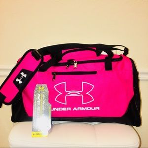 a40d8c63df Under Armour Bags - NEW UNDER ARMOUR STORM HUSTLE-R SMALL DUFFLE BAG